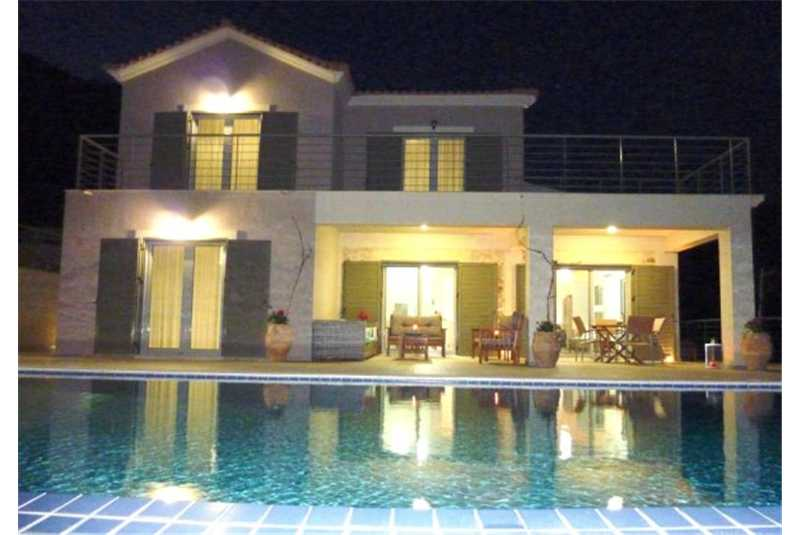 Villa Ambelonas at night