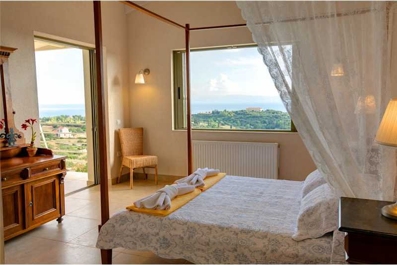 Villa Corali master bedroom