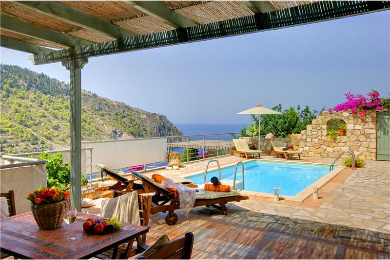 Villa Elea swimming pool overlooking the sea