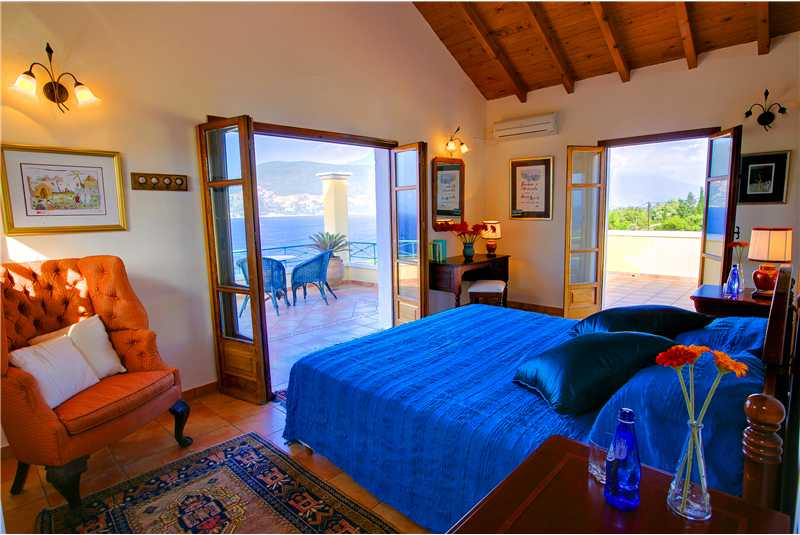Fiscardo House first floor master double bedroom