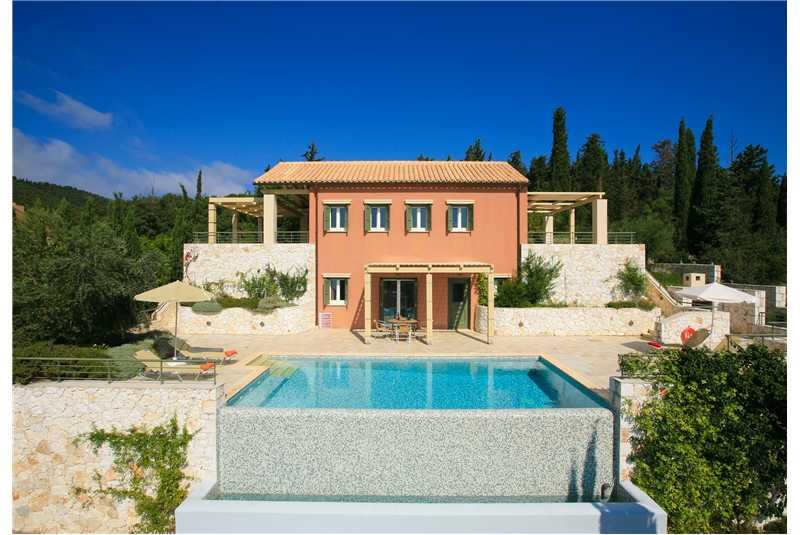 Villa Jasemi in a very peaceful location
