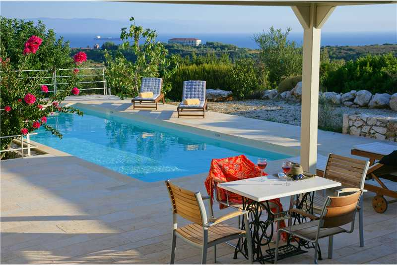 Villa Litorina pool and terrace with stunning views