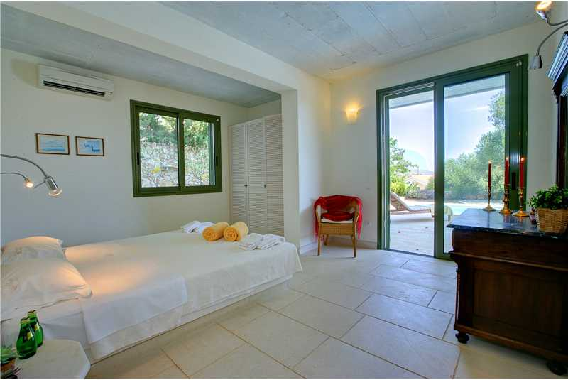 Villa Telina ground floor double bedroom with family bathroom