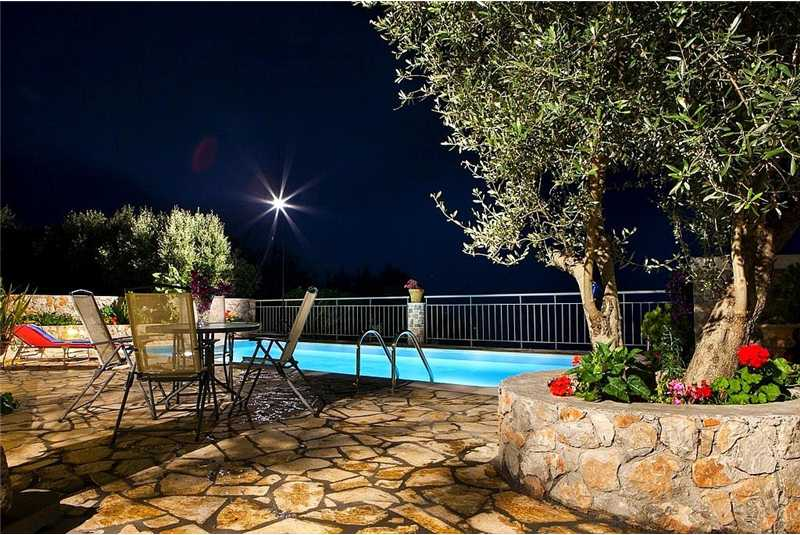 Villa Anna pool by night